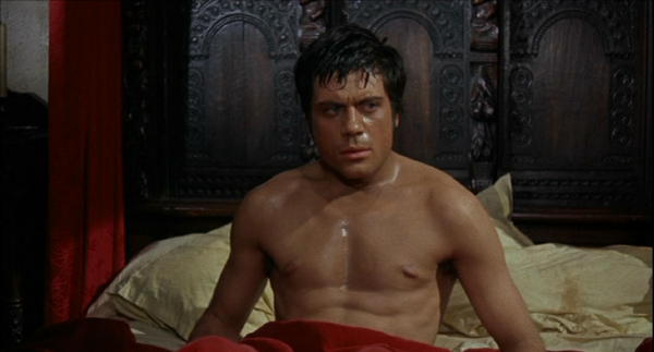 Curse_of_the_Werewolf_Oliver_Reed_dream